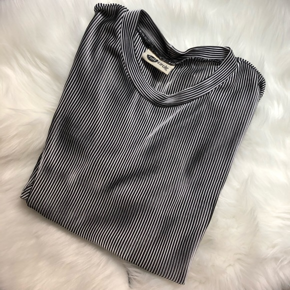 Full Circle Tops - Vintage short sleeve shirt
